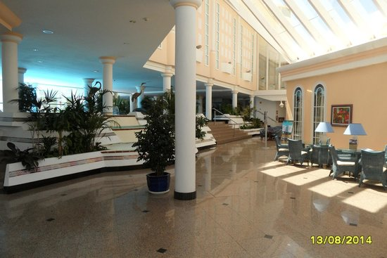 Hotel Riu Palace Jandia: Lobby