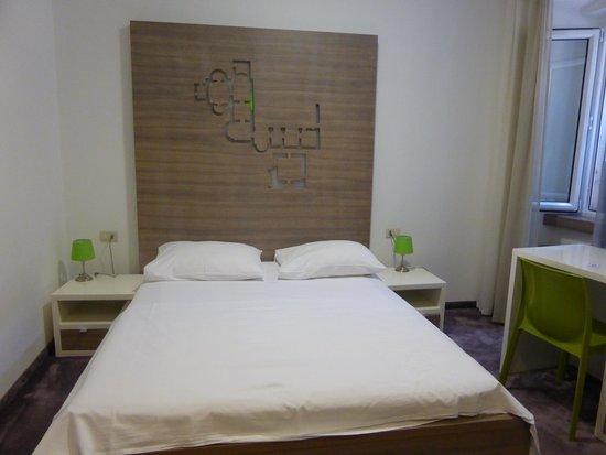 Hotel Slavija: Chambre