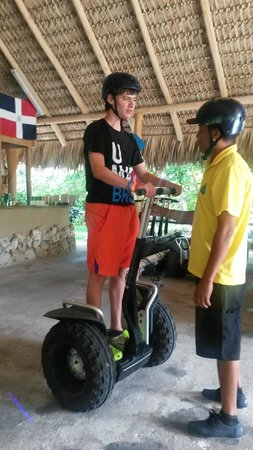 Puntacana Ecotours: Instructions and safety helmets