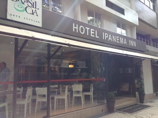 Ipanema Inn : front of hotel