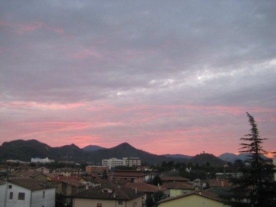 Wellness Hotel Terme delle Nazioni: tramonto sui colli euganei