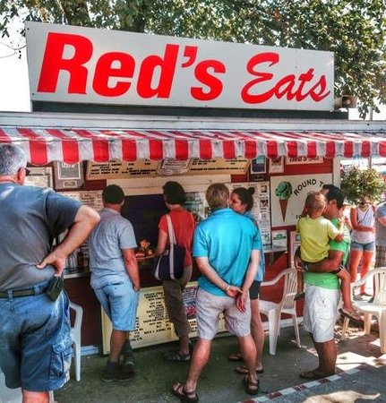 Red's Eats : Get in line. It's worth it.