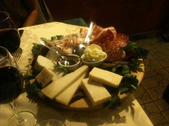 bagna cauda senza aglio - Foto di Bruschetteria Pautasso, Torino ...