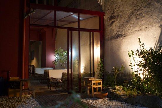 Magnolia Porto Hostel: zona ristoro