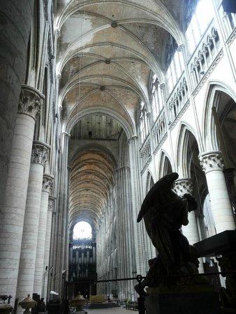 Cathédrale Notre-Dame de Rouen : La navata