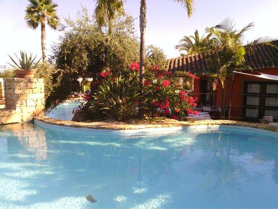 Galanias Hotel & Retreat Domos Galanas: vista piscine