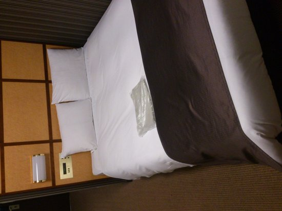 Hotel Villa Fontaine Hamamatsucho: ベッド