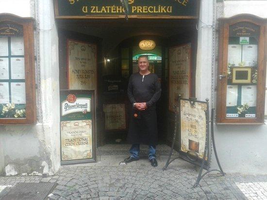 Restaurace U Zlateho Precliku : good service