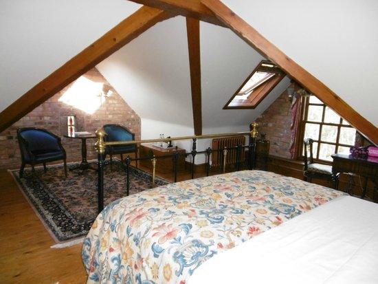 Nunsmere Hall Hotel: Geranium Room