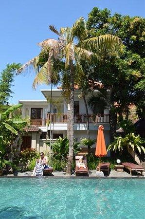 Surya Mas Villa : Renovated villa opposite pool