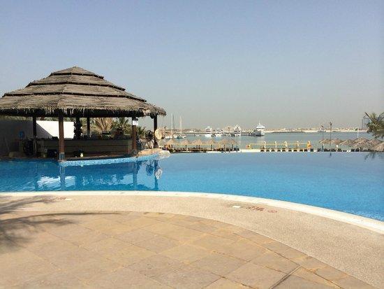 Le Meridien Mina Seyahi Beach Resort and Marina: View from the pool