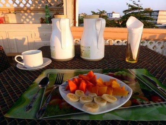 casa terraza Brisa  Del Mar: Petit déjeuner sur la terrasse