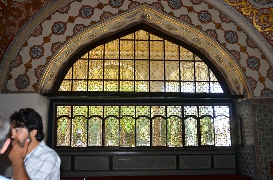Turkey Tours by Local Guides : Visiting the Sultans Palace