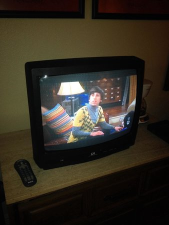 "Lantana Resort: TV old and terrible reception with few channels. Not ""Resort"" status."