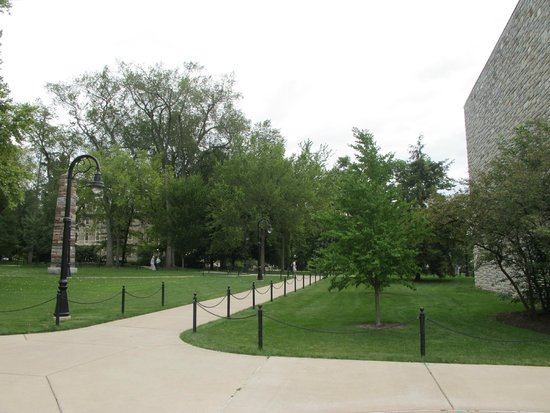Penn State University: Campus Grounds