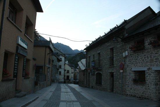 Hotel Escalar: calle del hotel