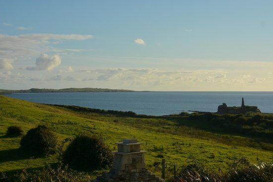 Castle Murray House Hotel & Restaurant: southerly view of the sea from the hotel