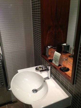Fraser Suites Edinburgh : Baño