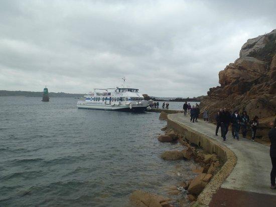 Ile de Bréhat : Walking from the Ferry