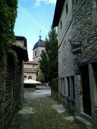 Cité médiévale de Pérouges : Средневековая сказка