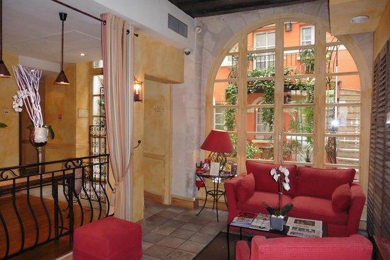 Millesime Hotel : Hall d'entrée