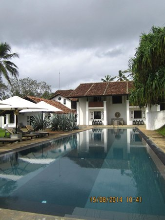 Paradise Road The Villa Bentota : The Pool