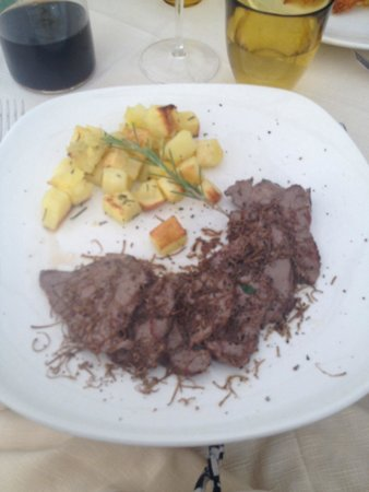 Antica Torretta: Chateaubriand with Rosemary roast potatoes