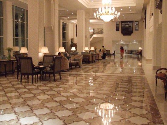 Baron Palace Sahl Hasheesh: Lobby Lounge