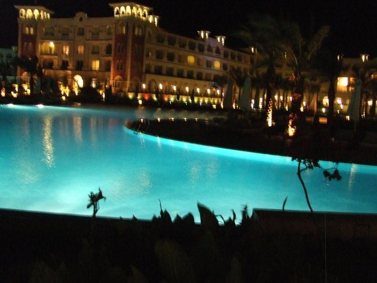 Baron Palace Sahl Hasheesh: One of the views from the Infinity Bar