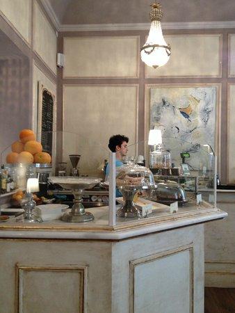 Cafe Scholl: Theke
