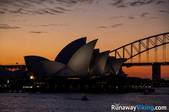 Sydney Opera House: Opera house sunset