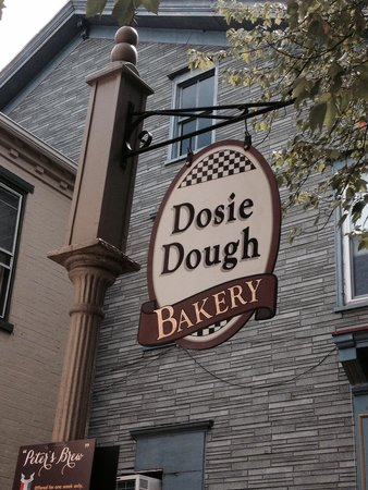Dosie Dough: Sign