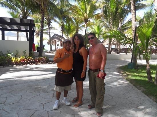 "Sensimar Seaside Suites & Spa: the main man ""Lorenzo"""
