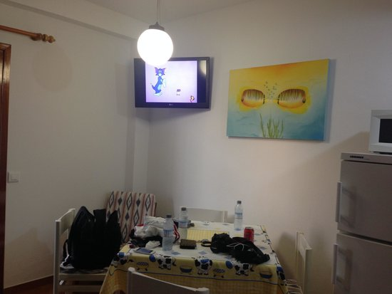 Ebusus Apartments : Salottino/tavolo