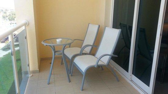 Radisson Blu Resort Fujairah : Balcony in our room