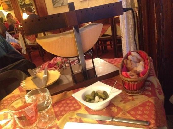 raclette picture of restaurant le passage briancon tripadvisor. Black Bedroom Furniture Sets. Home Design Ideas