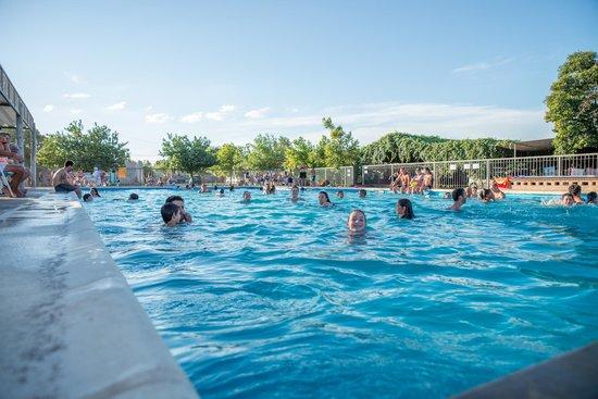 Villa Cura Brochero, Argentina: Gran pileta de natacion