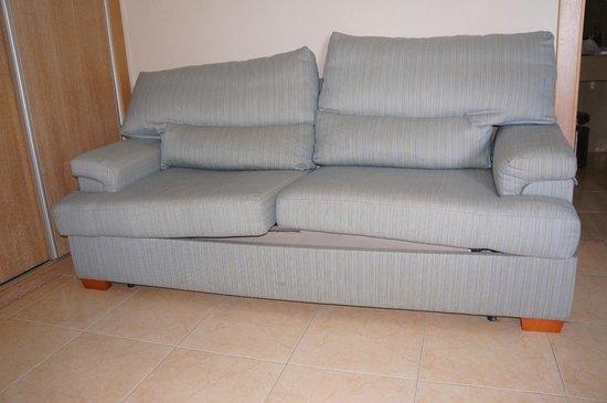 Melia Alicante: canapé-lit un peu fatigué