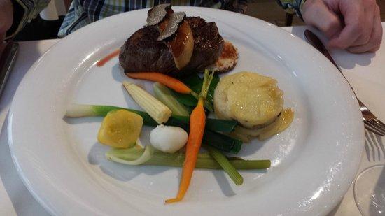 Hotel Cailler: Boeuf et foie gras poêlé avec truffes
