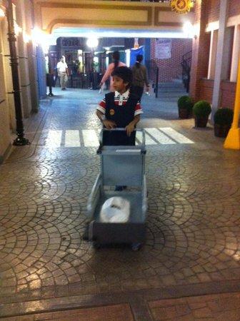 KidZania Mumbai: the delivery boy