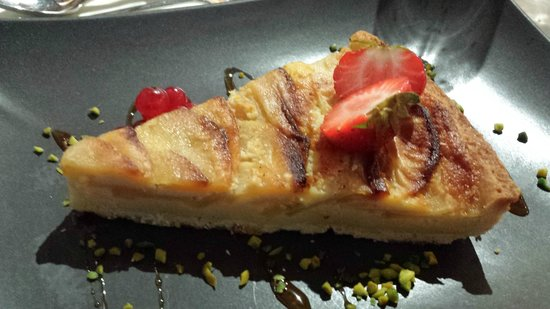 Hotel Cailler: Tarte aux pommes