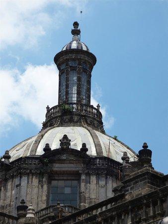 La Hosteria de Santo Domingo: rodeado de edificios hitoricos