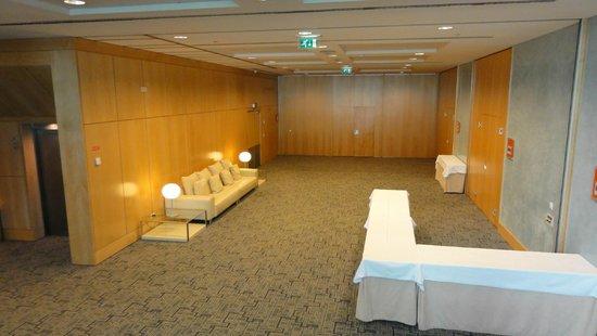 SANA Malhoa Hotel: Rest area