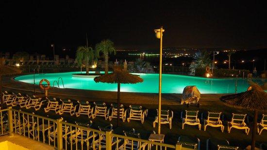Pierre & Vacances Resort Terrazas Costa del Sol: vue piscine nuit