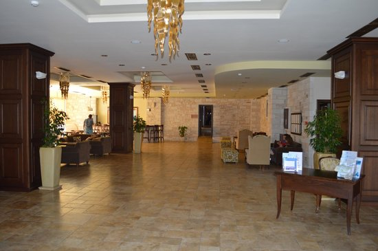 Cactus Royal Resort : Lobby