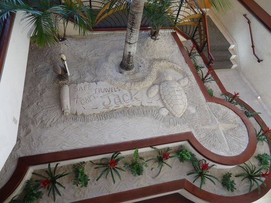 Fort Lauderdale Marriott Harbor Beach Resort & Spa: Décoration du loundge