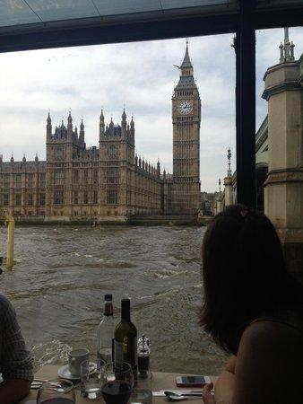 Thames Dinner Cruise