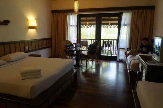 Laguna Redang Island Resort: The well appointed room