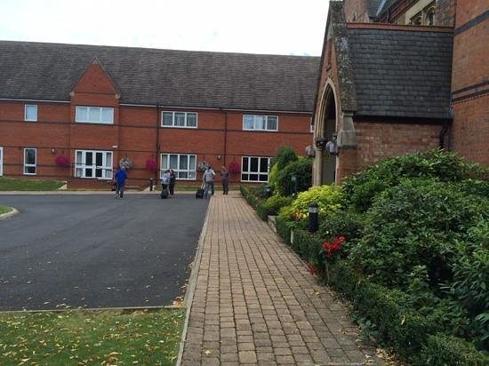 Ettington Chase Hotel: front of old building showing extension