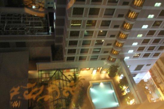 Sheraton Saigon Hotel & Towers: Pool